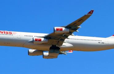 A Swiss Airbus A340-300