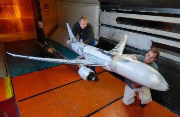Boeing 787 model in wind tunnel test